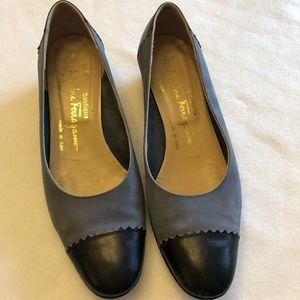 Salvatore Ferragamo Blue shoes. Size 7.5B.